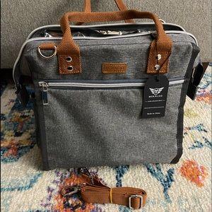 Handbags - NWT Insulated Lunch Box
